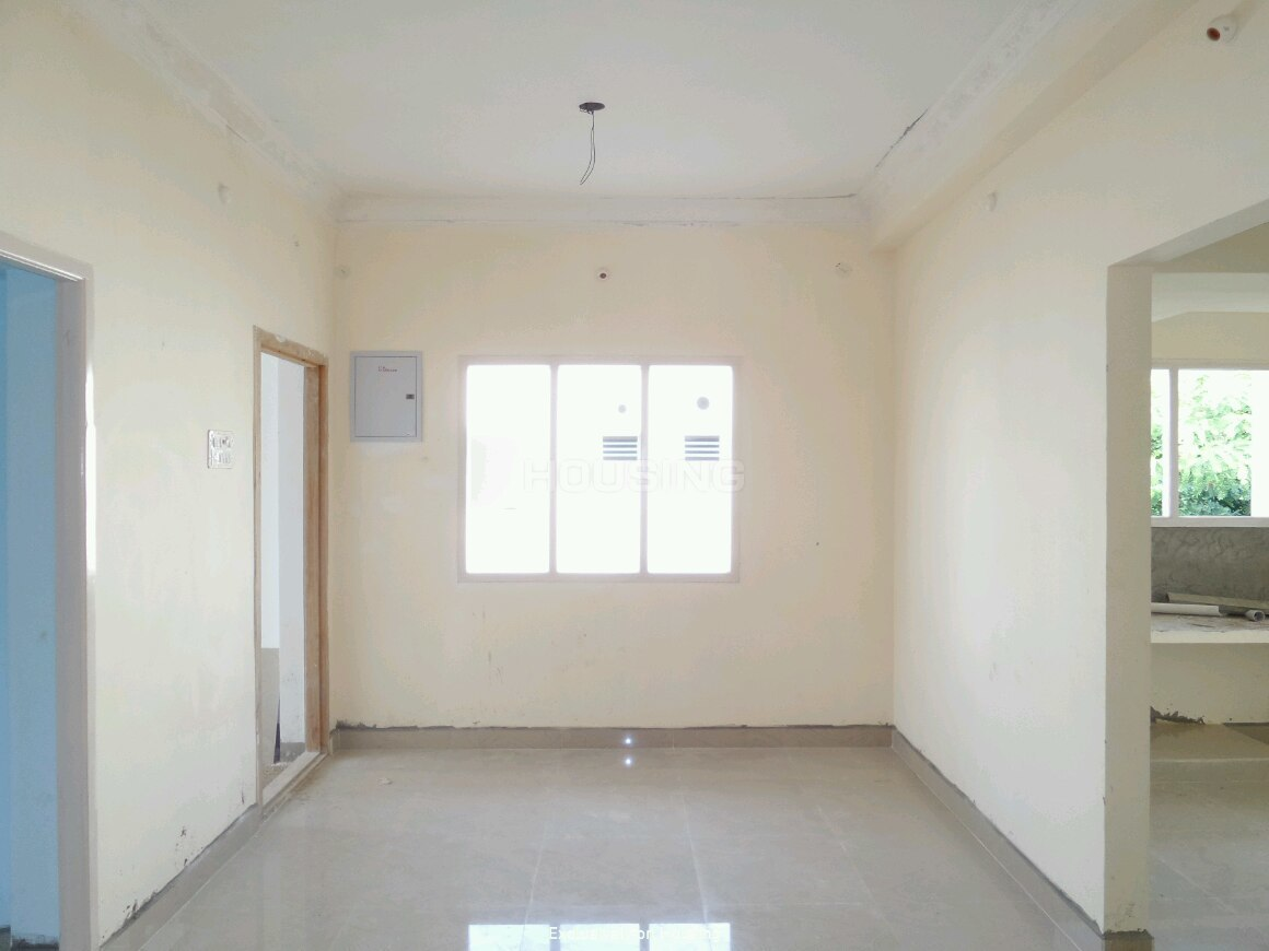 Living Room Image of 801 Sq.ft 2 BHK Apartment for buy in Madambakkam for 3204000