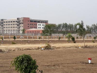 999 Sq.ft Residential Plot for Sale in Namburu, Guntur