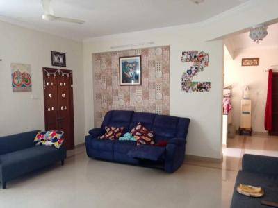 Gallery Cover Image of 1500 Sq.ft 3 BHK Apartment for rent in Kondapur for 42000