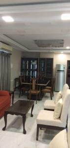 Gallery Cover Image of 2300 Sq.ft 3 BHK Apartment for rent in Kasba for 100000