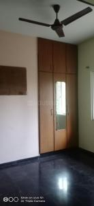Gallery Cover Image of 1380 Sq.ft 3 BHK Apartment for rent in Velachery for 30000
