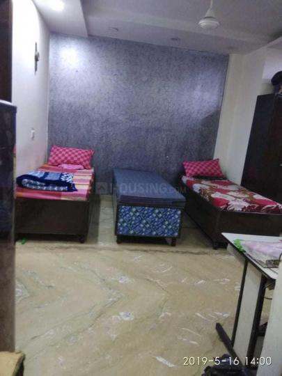 Bedroom Image of Sai Ram PG in Hari Nagar Ashram