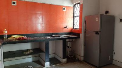 Gallery Cover Image of 1050 Sq.ft 2 BHK Apartment for rent in South Dum Dum for 15000