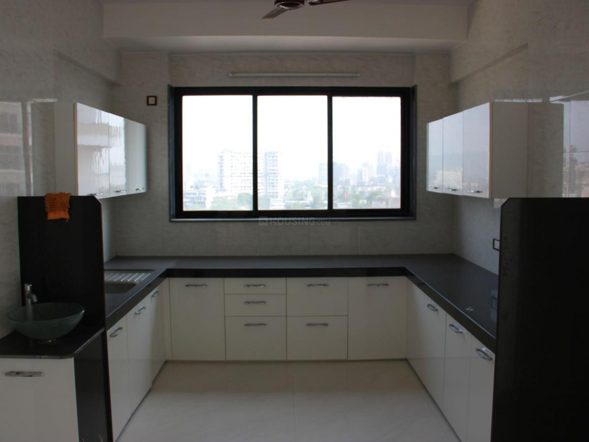 Kitchen Image of 650 Sq.ft 1 BHK Apartment for rent in Kurla East for 30000