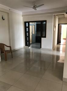 Gallery Cover Image of 1050 Sq.ft 3 BHK Apartment for rent in Crossings Republik for 9999