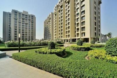 Gallery Cover Image of 1705 Sq.ft 3 BHK Apartment for buy in Makarba for 7300000