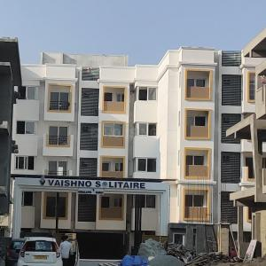 Gallery Cover Image of 1185 Sq.ft 2 BHK Apartment for buy in Vaishno Solitaire, Ramamurthy Nagar for 7500000