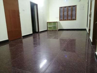 Gallery Cover Image of 1000 Sq.ft 2 BHK Independent House for rent in Arumbakkam for 15000
