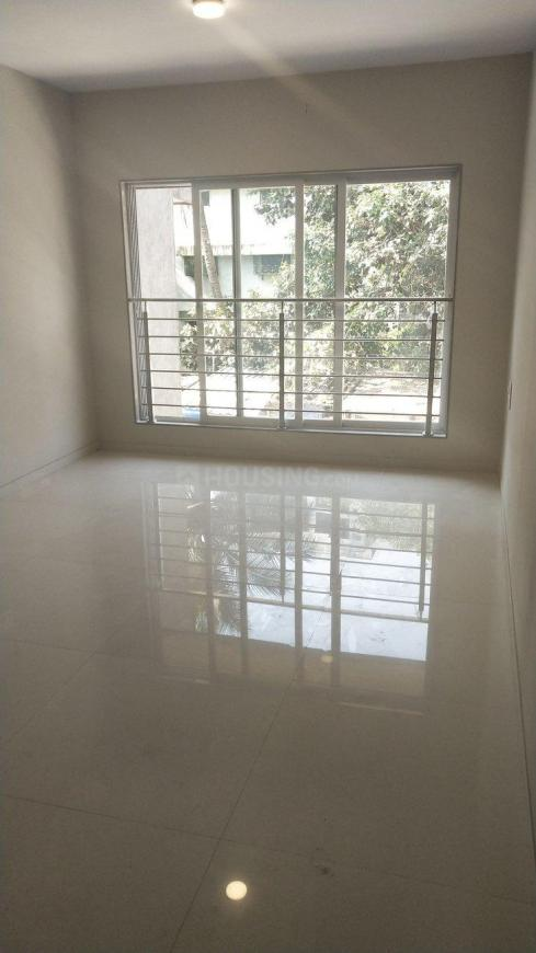Living Room Image of 900 Sq.ft 2 BHK Apartment for buy in Malad West for 15100000