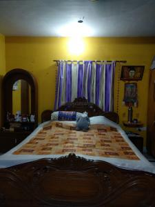 Gallery Cover Image of 1800 Sq.ft 4 BHK Independent House for buy in Mukundapur for 25000000