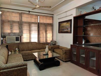 Gallery Cover Image of 1150 Sq.ft 2 BHK Apartment for rent in Netaji Subhash Apartments, Sector 13 Dwarka for 30000