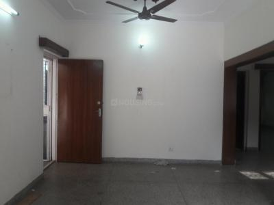 Gallery Cover Image of 1800 Sq.ft 3 BHK Apartment for buy in Vasant Kunj for 27000000
