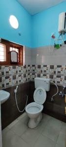 Bathroom Image of PG 6519933 Ejipura in Ejipura