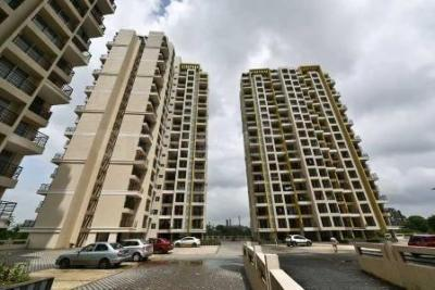 Gallery Cover Image of 1350 Sq.ft 3 BHK Apartment for buy in Gurukrupa Guru Atman, Kalyan West for 9000000