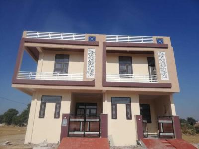Gallery Cover Image of 1400 Sq.ft 3 BHK Villa for buy in Jamna Puri for 3200000