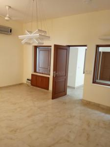 Gallery Cover Image of 6000 Sq.ft 5 BHK Independent House for rent in Sarvodaya Enclave for 225000