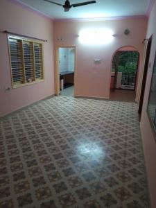 Gallery Cover Image of 950 Sq.ft 3 BHK Independent Floor for rent in JP Nagar for 16000
