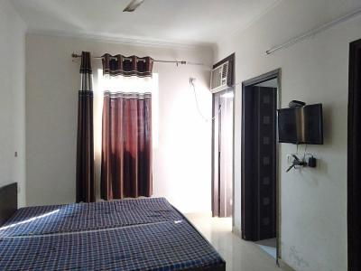 Gallery Cover Image of 540 Sq.ft 1 RK Independent Floor for rent in Sushant Lok I for 11500