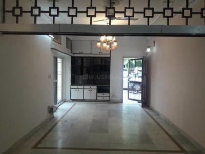 Gallery Cover Image of 1250 Sq.ft 2 BHK Apartment for buy in Greater Kailash for 25000000