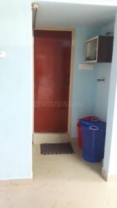 Gallery Cover Image of 300 Sq.ft 1 RK Independent Floor for rent in Velachery for 5000