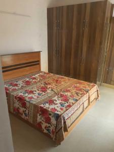 Gallery Cover Image of 1120 Sq.ft 2 BHK Independent Floor for rent in Sector 46 for 20000