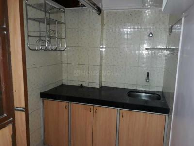 Gallery Cover Image of 325 Sq.ft 1 RK Apartment for rent in Santacruz East for 26000