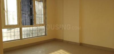 Gallery Cover Image of 850 Sq.ft 2 BHK Apartment for rent in Crystal Isle 2, Goregaon East for 20000