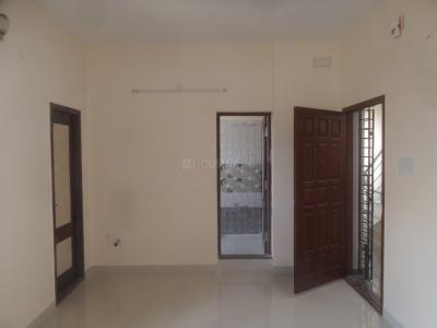 Gallery Cover Image of 800 Sq.ft 1 BHK Apartment for rent in Velachery for 12000