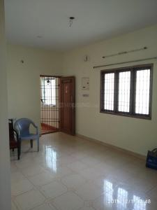 Gallery Cover Image of 720 Sq.ft 2 BHK Apartment for rent in Rajakilpakkam for 9000