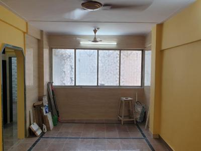 Gallery Cover Image of 580 Sq.ft 1 BHK Apartment for rent in Dahisar East for 18000