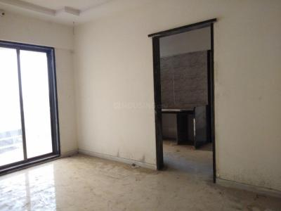 Gallery Cover Image of 565 Sq.ft 1 BHK Apartment for rent in Naigaon East for 5500