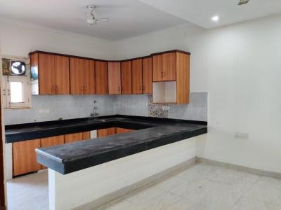 Gallery Cover Image of 1200 Sq.ft 3 BHK Independent Floor for rent in Chhattarpur for 22000
