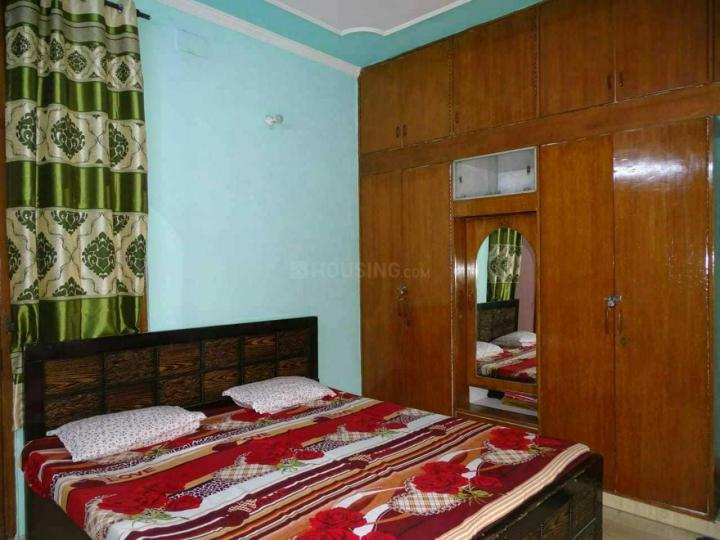 Bedroom Image of Shri Sai Kripa PG in Krishna Nagar