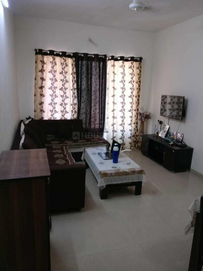 Living Room Image of 1100 Sq.ft 2 BHK Apartment for rent in Thane West for 22000