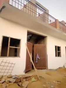 Gallery Cover Image of 600 Sq.ft 1 BHK Independent House for buy in Noida Extension for 1800000