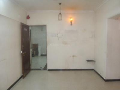 Gallery Cover Image of 620 Sq.ft 1 BHK Apartment for rent in Shivam, Goregaon West for 24000