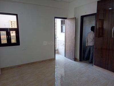 Gallery Cover Image of 855 Sq.ft 2 BHK Apartment for buy in Lucky Palm Valley, Noida Extension for 1967999
