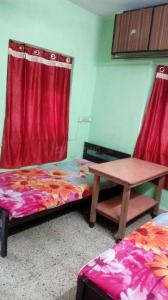 Gallery Cover Image of 535 Sq.ft 1 BHK Apartment for rent in Malad West for 20000