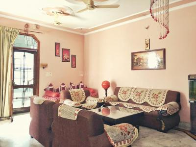 Gallery Cover Image of 2700 Sq.ft 2 BHK Villa for rent in Sector 10 for 22000