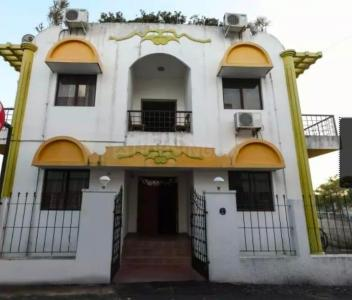 Gallery Cover Image of 3600 Sq.ft 10 BHK Independent House for rent in Sholinganallur for 200000