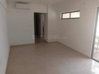 Gallery Cover Image of 1020 Sq.ft 2 BHK Apartment for rent in Palava Phase 1 Nilje Gaon for 12000