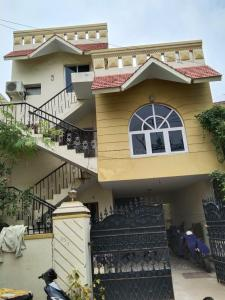Gallery Cover Image of 2600 Sq.ft 2 BHK Independent House for buy in Anna Nagar for 22500000