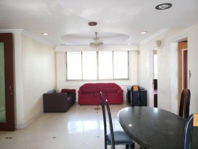 Gallery Cover Image of 1750 Sq.ft 3 BHK Apartment for rent in Villa Sorento, Juhu for 190000