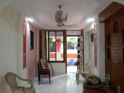 Gallery Cover Image of 812 Sq.ft 2 BHK Apartment for rent in Mulund East for 30000