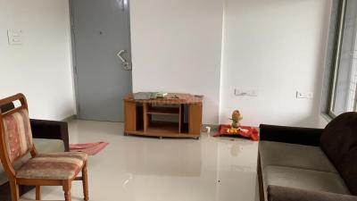 Gallery Cover Image of 1135 Sq.ft 2 BHK Apartment for rent in Wadgaon Sheri for 30000
