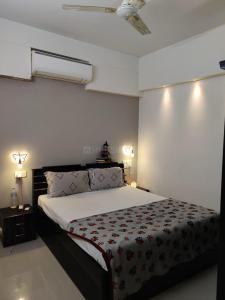 Gallery Cover Image of 1128 Sq.ft 3 BHK Apartment for buy in Samyaka, Vejalpur for 5000000