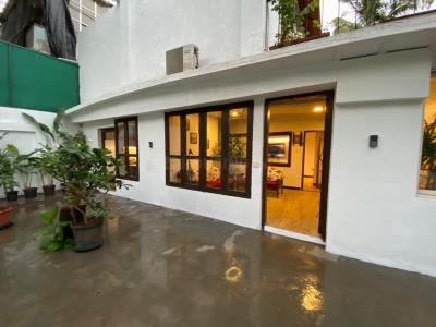 Gallery Cover Image of 6912 Sq.ft 5 BHK Villa for buy in Andheri West for 160000000