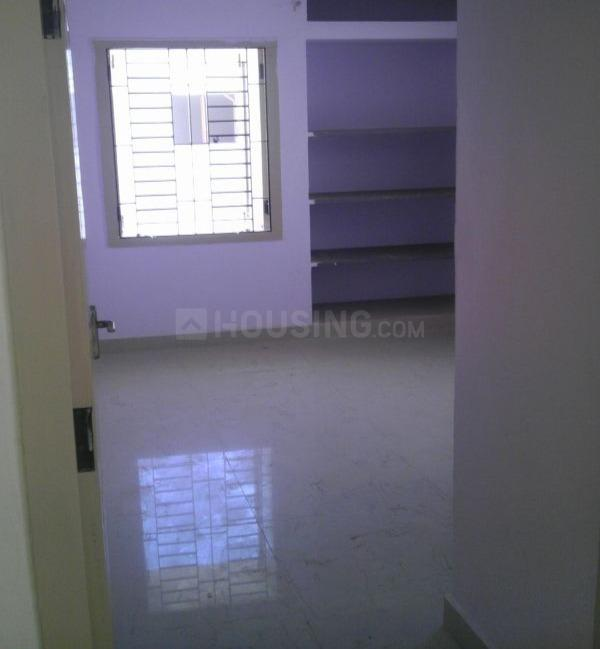 Bedroom Image of 850 Sq.ft 2 BHK Apartment for rent in Surappattu for 9500