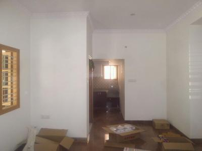 Gallery Cover Image of 900 Sq.ft 2 BHK Apartment for rent in Sanjaynagar for 19000