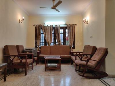 Gallery Cover Image of 1650 Sq.ft 3 BHK Apartment for rent in Indira Nagar for 70000